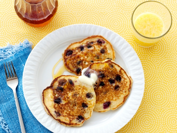 Ree Drummond's Lemon Bluberry Pancakes